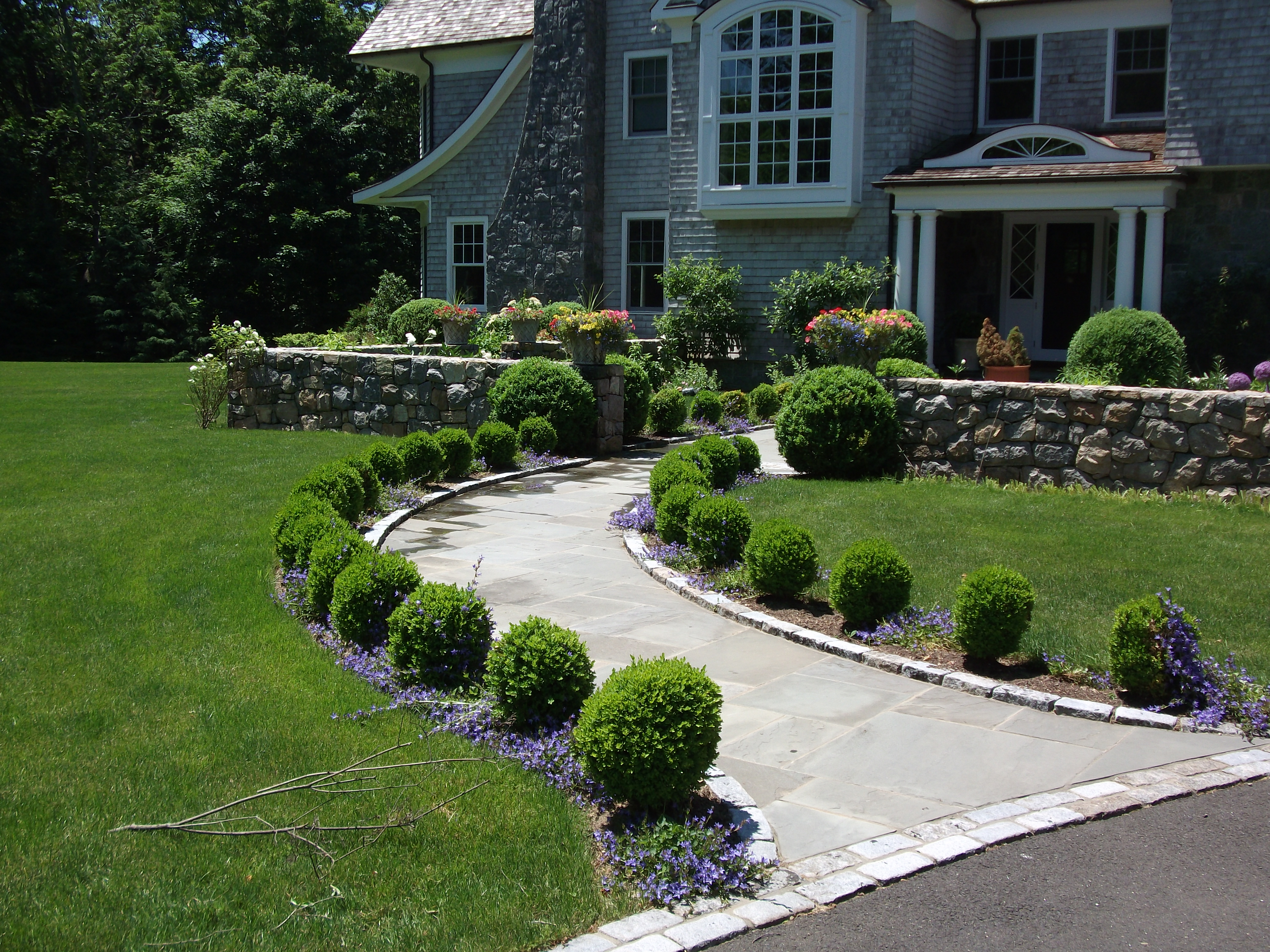 Boxwood Landscaping | Omaha Landscaping Company | Arbor ... on Small Walkway Ideas id=56020