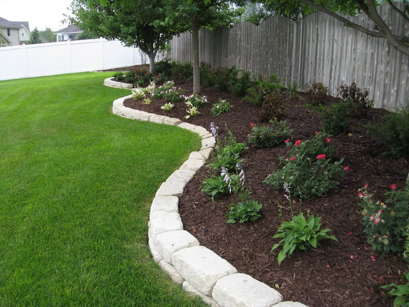 Landscaping With Rocks Or Mulch : Mulch and rocks omaha landscaping company arbor hills