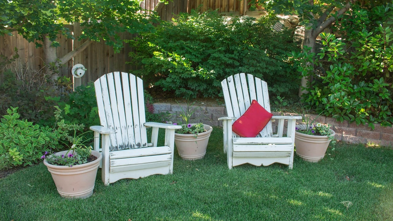 make your small backyard seem larger